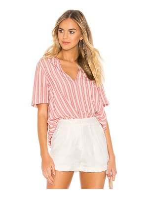 BCBGeneration Pleat Front Short Sleeve Top