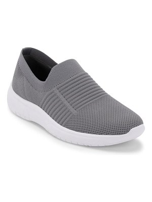 Blondo karen waterproof slip-on sneaker