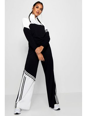 Boohoo Amelie Sports Stripe Popper Wide Leg Trouser