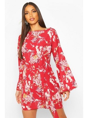 Boohoo Floral Print Belted Shift Dress