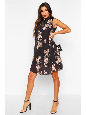 Boohoo Floral Print Pleated Shift Dress