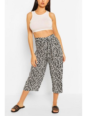 Boohoo Floral Tie Waist Woven Culottes