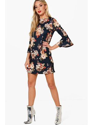 Boohoo Janet Flute Sleeve Floral Shift Dress