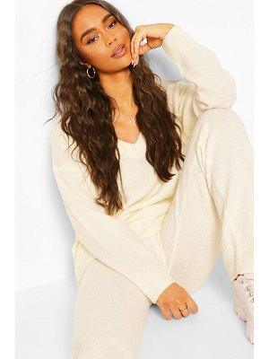 Boohoo Knitted V Neck Sweater Set