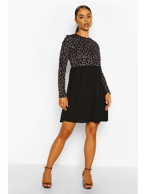 Boohoo Long Sleeve Leopard Ribbed Smock Dress