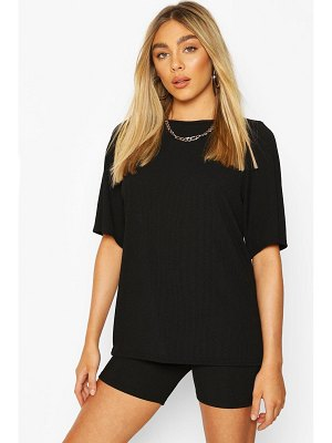 Boohoo Oversized T-Shirt And Cycling Short Co-Ord Set