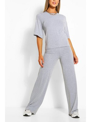 Boohoo Oversized Tshirt And Pants Two-Piece Set