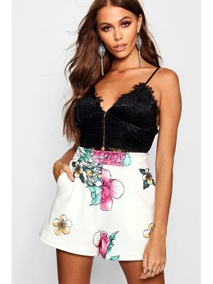 Boohoo Floral Print Tailored Short