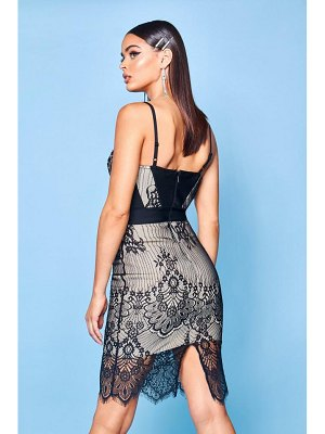Boohoo Premium Bandage And Lace Mix Bodycon Dress