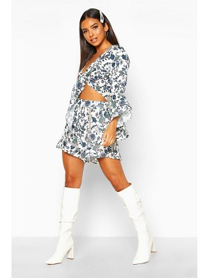 Boohoo Printed Tie Front Blouse