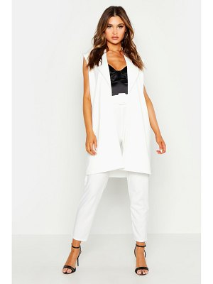 Boohoo Sleeveless Collared Duster