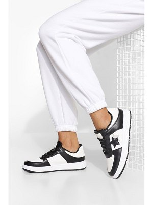 Boohoo Star Low Top Trainer