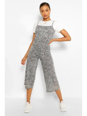 Boohoo T-Shirt & Leopard Print Cami Jumpsuit 2 In 1 Set