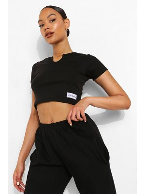 Boohoo Woman Thick Rib Notch Neck Crop Top