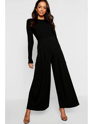 Boohoo Woven Pleat Front Culotte