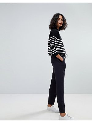 BOSS Casual Relaxed Pants with Patched Pockets