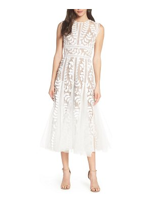 Bronx and Banco saba leaf applique lace midi dress