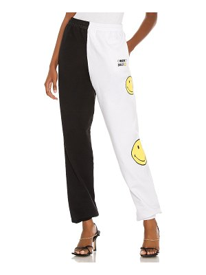 By Samii Ryan x smiley smile for me sweatpant. - size l (also