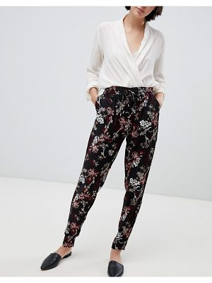 b.Young floral pants