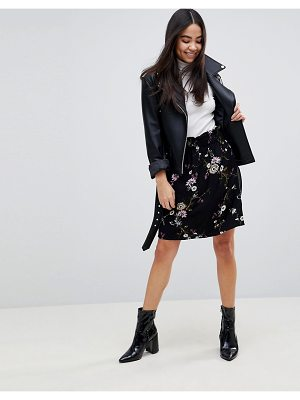 b.Young Floral Skirt