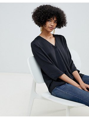 b.Young v neck blouse