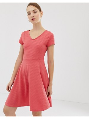 b.Young v neck dress