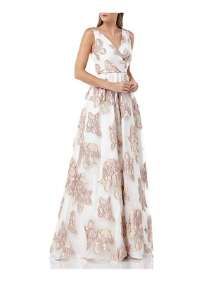 Carmen Marc Valvo Infusion organza pleated gown