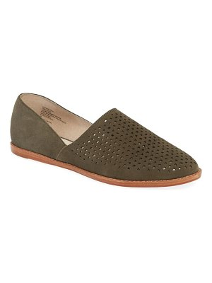 Caslon caslon adrian perforated flat