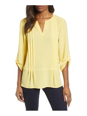 Chaus roll tab pintuck blouse