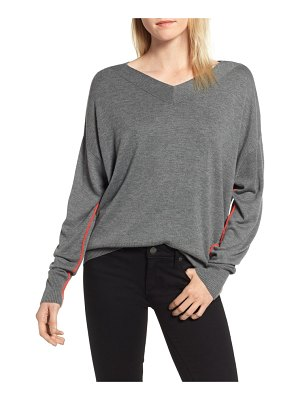 Chelsea28 v-neck high/low sweater