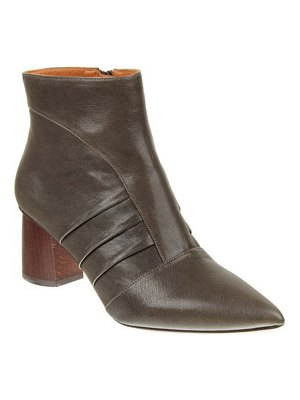 Chie Mihara Lole Pointed Wooden Block-Heel Ankle Boots