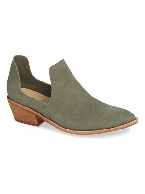 Chinese Laundry focus open sided bootie