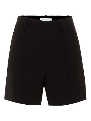 Chloe high-rise crêpe shorts