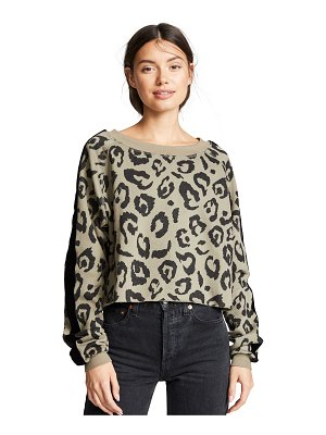 CHRLDR big leopard velvet stripe crop sweatshirt