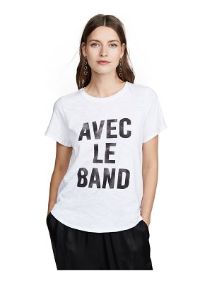 Cinq a Sept tous les jours with the band tee