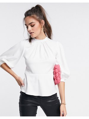 Closet London gathered volume sleeve top in ivory-white