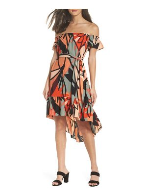 CLOVER AND SLOANE off the shoulder bubble crepe dress