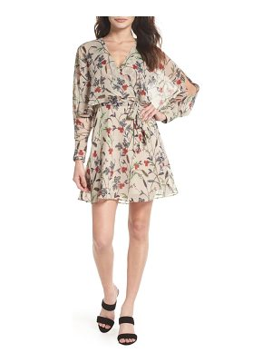 CLOVER AND SLOANE yoryu floral chiffon dress