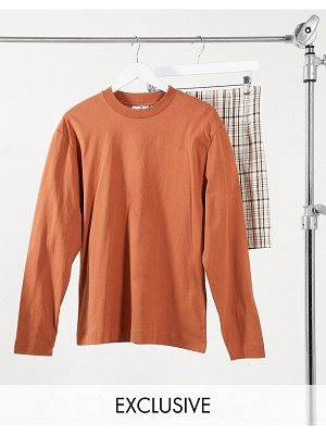 Collusion unisex long sleeve t-shirt in brown