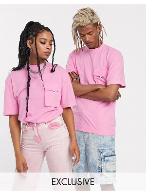 Collusion unisex t-shirt with pocket in acid wash-pink