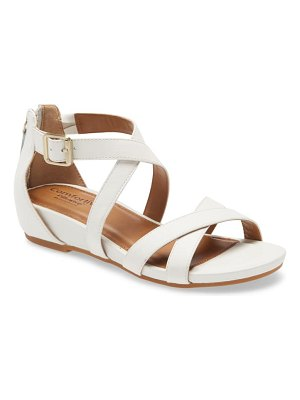 COMFORTIVA melody sandal