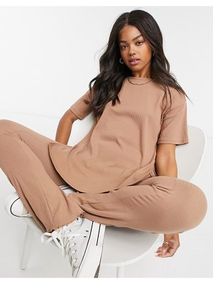 Cotton:On cotton: on oversized ribbed tee in brown