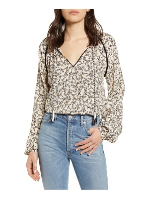 cupcakes and cashmere halston floral peasant blouse