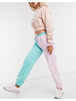 Daisy Street relaxed color block sweatpants with vintage new york print-pink