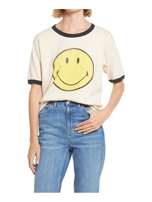 DAYDREAMER classic smile graphic tee