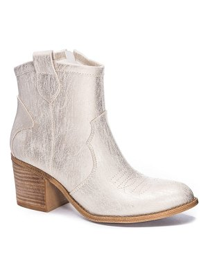 DIRTY LAUNDRY unite western bootie