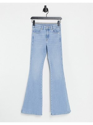 Dr Denim macy mid rise flared jeans in light blue-blues