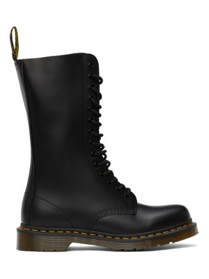 Dr. Martens smooth 1914 boots