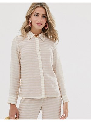 Dusty Daze shirt with resin flower button in tonal check two-piece-cream