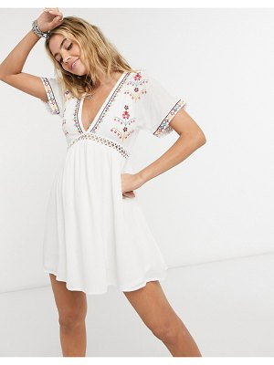 En Crème mini dress with ladder inserts and embroidered kimono sleeves-white